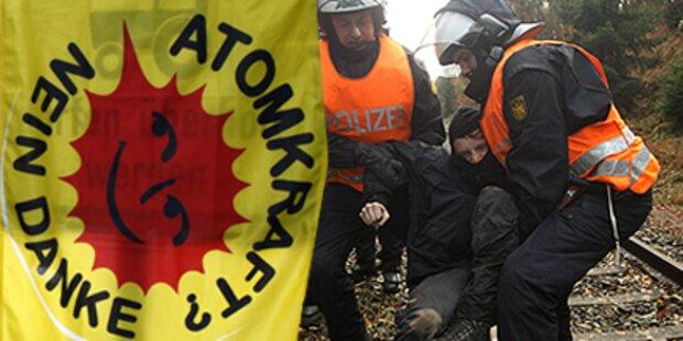 Polizei räumt Castor-Blockade
