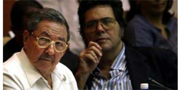 Raúl Castro erhöht Pension und Löhne