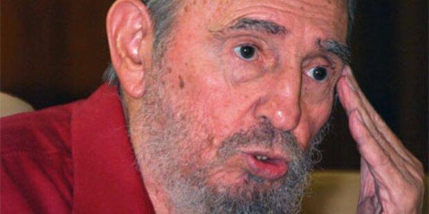 Fidel Castro erstmals wieder im Parlament