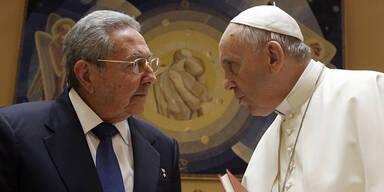 Papst-Audienz: Castro will wieder beten