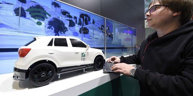 CeBIT zeigt viele Highlights für Autofahrer