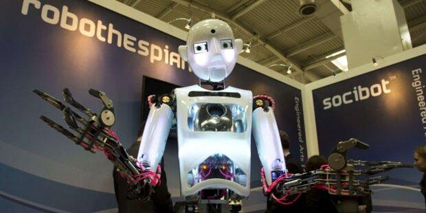 CeBIT-Fazit: Roboter, Datenfischer & IT-Promis