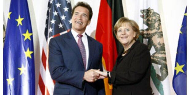 Arnold Schwarzenegger als CeBIT-Stargast
