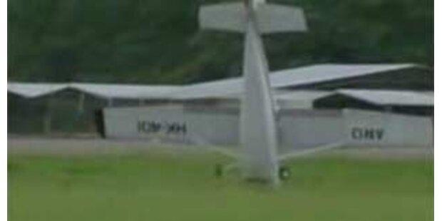 Cessna überschlug sich bei der Landung