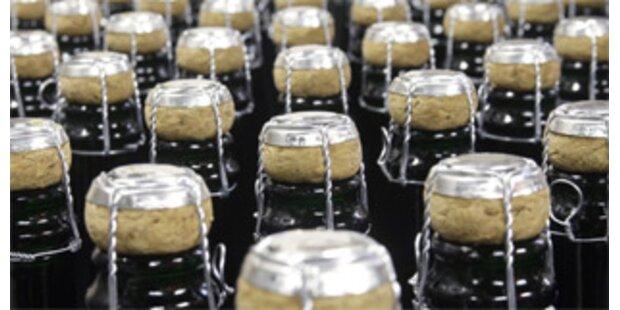 Diebe stehlen Lkw-Ladung Champagner
