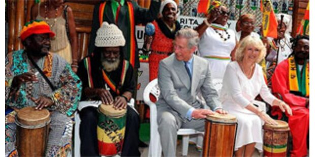 Charles und Camilla huldigen Bob Marley