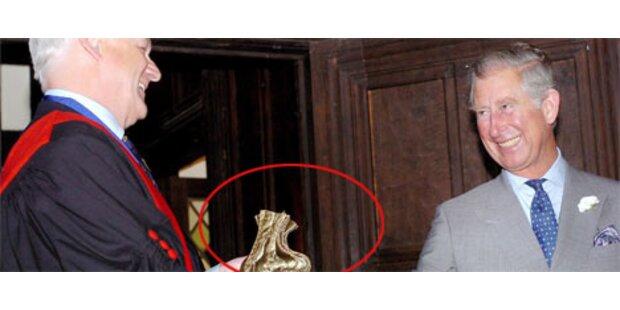 Prinz Charles zahlt 350-Jahre-alte Schuld zurück