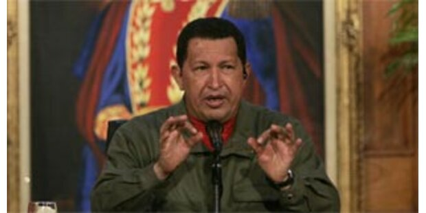 Chavez schießt wieder gegen Merkel