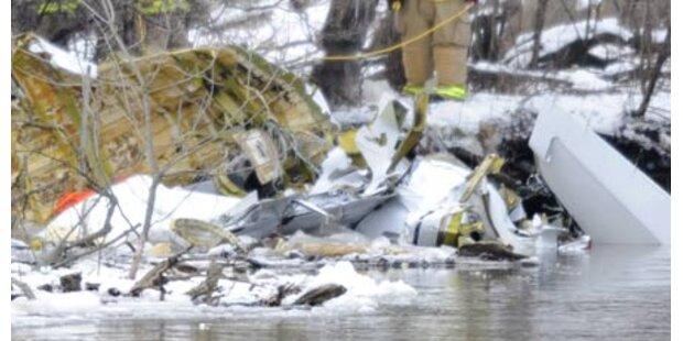 Hubschrauber und Flugzeug abgestürzt