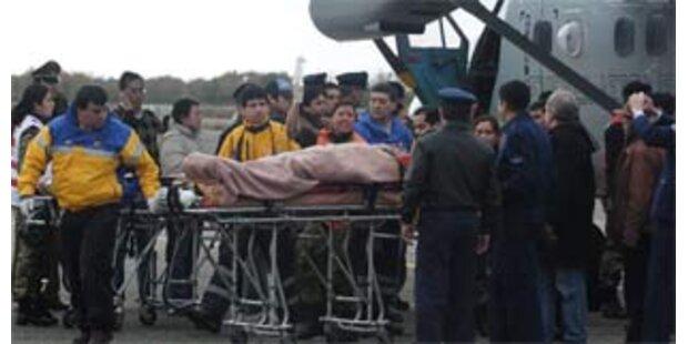 Neun Überlebende eines Flug-Crashs nach vier Tagen geborgen