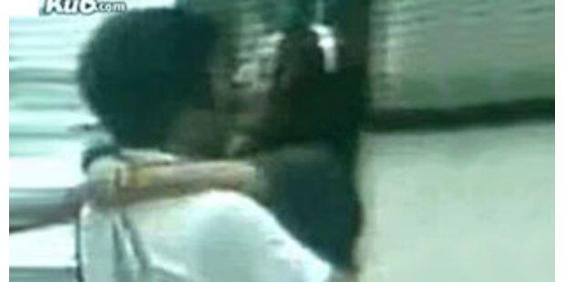 Paar verklagte U-Bahn in Shanghai wegen Kuss-Film