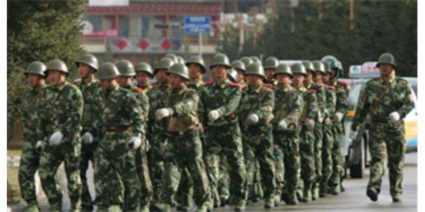 China schießt auf Demonstranten in Sichuan