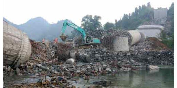 Hunderte Vermisste nach Brückeneinsturz in Nepal