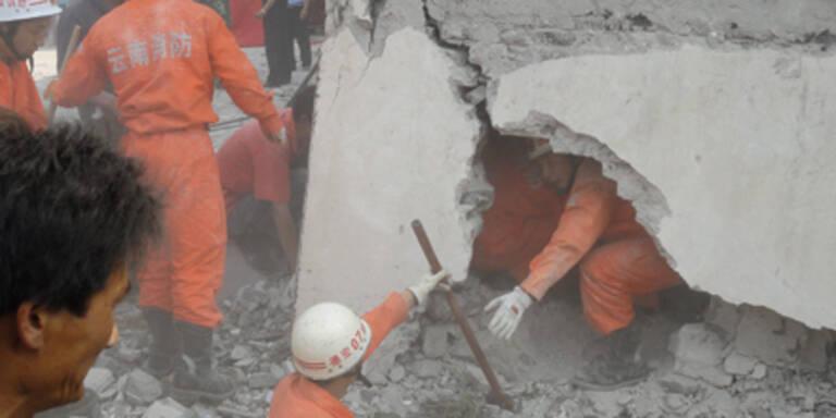 Dutzende Tote bei Erdbeben in China