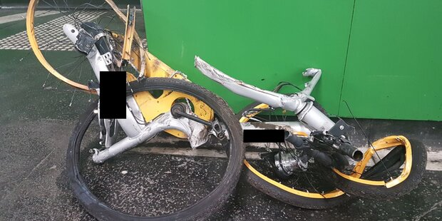 China-Bike auf Gleis: U4 lahmgelegt