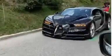 Bugatti Chiron schießt Porsche 911 ab