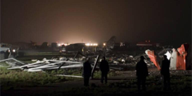 8 Menschen starben bei Flugzeugabsturz