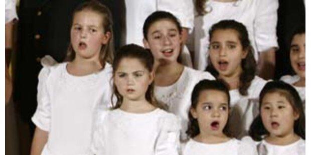 Polizei vertreibt zu laut singende Kinder