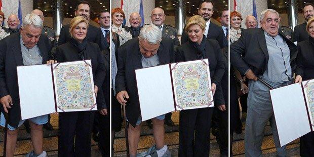 Peinliche Hosen-Panne vor Präsidentin