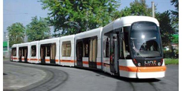 23 neue Straßenbahnen für Linz