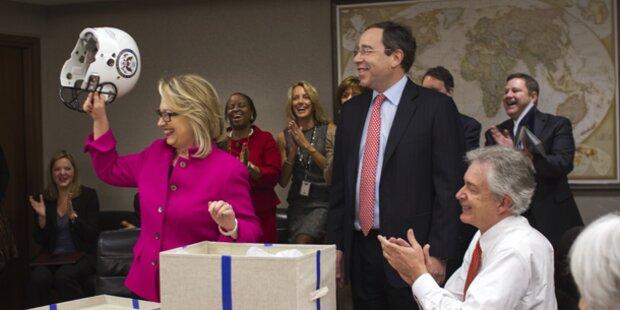 Hillary Clinton zurück am Arbeitsplatz