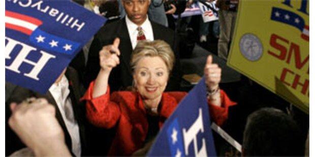 Clintons Wahlkampfkonto deutlich im Minus