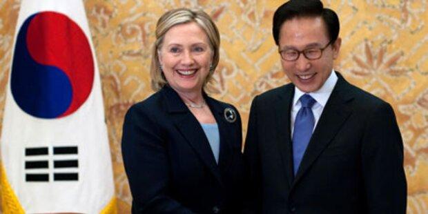 Clinton kämpft gegen Korea-Krieg