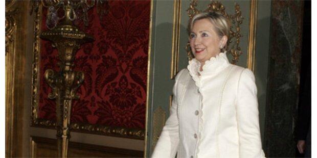 Clinton nimmt an NATO-Treffen teil