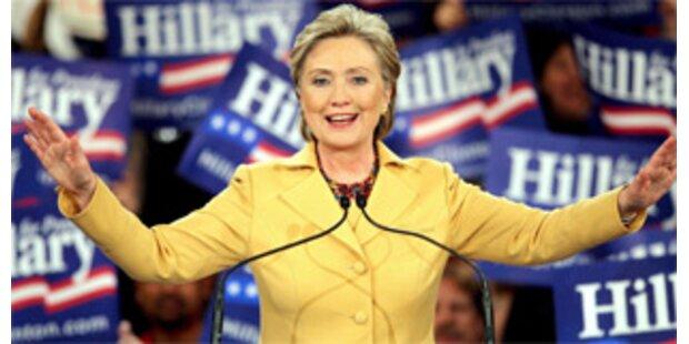 Rennen Clinton vs. Obama bleibt spannend