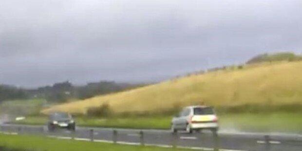 Video: Geisterfahrer rast über die Autobahn