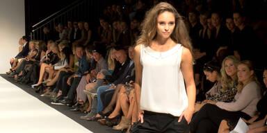 Vienna Fashion Week 2014: Julia Furdea bei Nikola Fechter