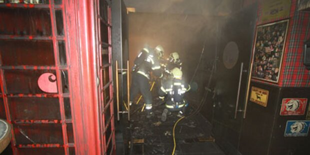 Feuer in Kult-Lokal: Gast in Lebensgefahr