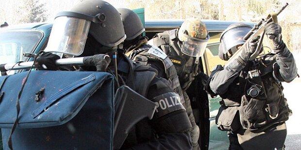 Salzburg: Bewaffneter löst Cobra-Einsatz aus