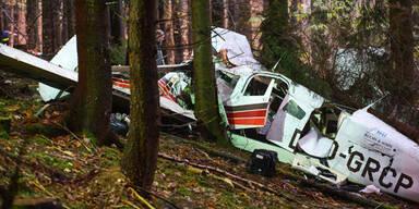 Drei Tote nach Absturz von Kleinflugzeug