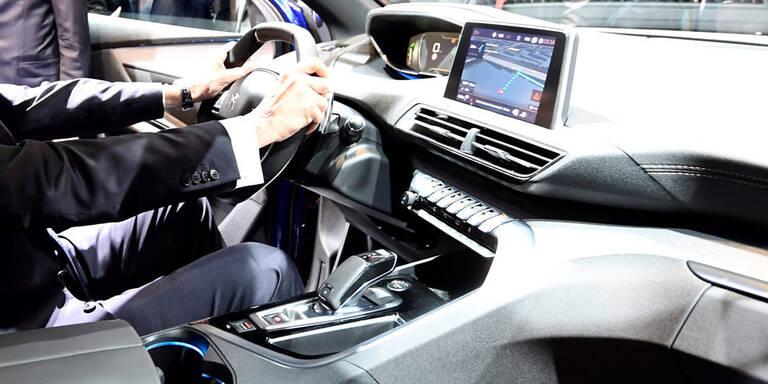 Was vernetzte Autos alles können