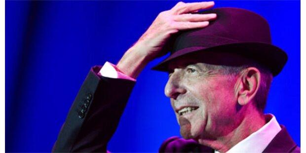 Leonard Cohen brach auf Bühne zusammen