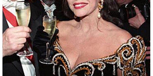 22 Jahre Dresscode am Opernball