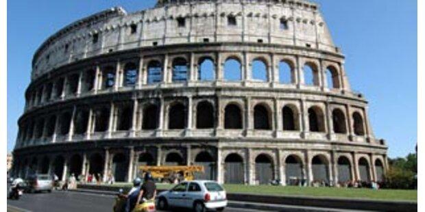 Tausende bei Demo für mehr Sicherheit in Rom