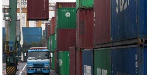 Österreichs Exporte brechen ein
