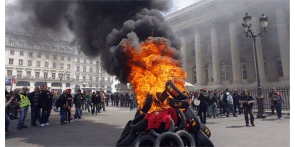 Conti-Mitarbeiter protestierten in Paris