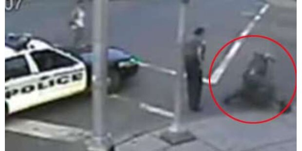 Polizist verprügelt geistig Behinderten