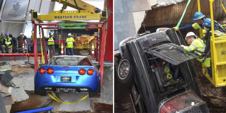 Spektakuläre Rettung von teuren Corvettes
