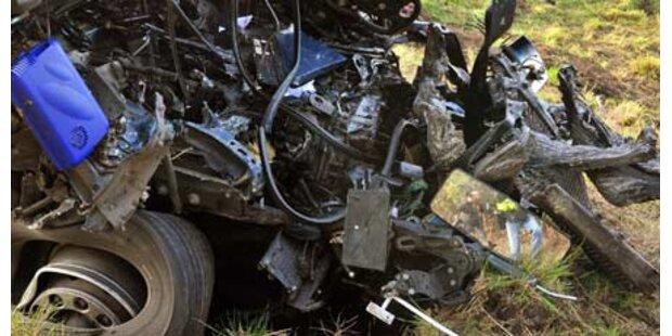 Acht Crashs - Massen-Karambolage auf A2