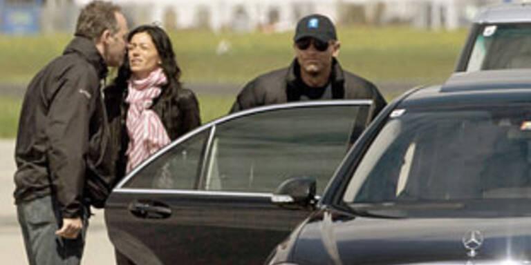 Daniel Craig (rechts mit Kappe)