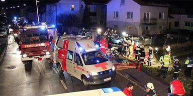 4 Verletzte bei schwerem Crash