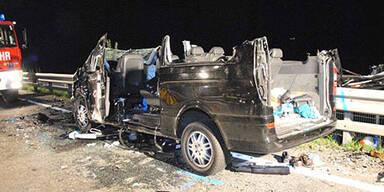 10 Schwerverletzte bei Horror-Crash in Tirol