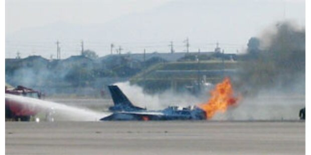 Kampfjet in Japan bei Take-off verunglückt