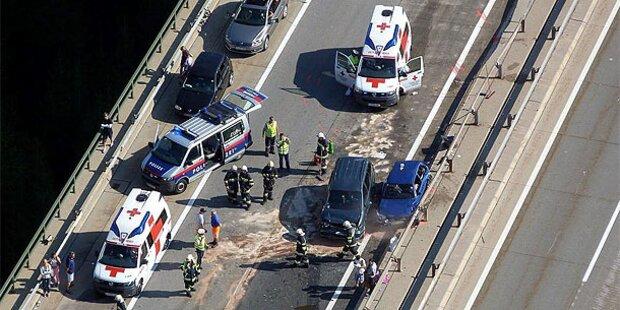 Südautobahn: Vier Verletzte bei Crash
