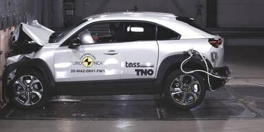 Mazda MX-30 und Honda Jazz im Crashtest