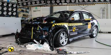 Crashtest: Nur Mercedes mit 5 Sternen